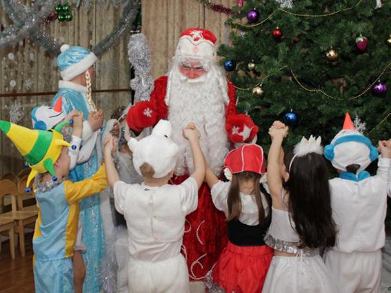Как мышки Новый год спасали. Фрагмент праздника для детей среднего и старшего дошкольного возраста